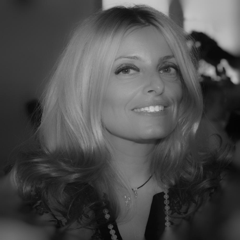 Valeria Pelli